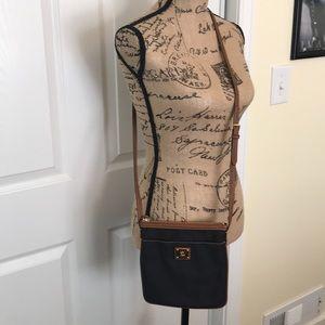Cross body purse. Ralf Lauren. Black.